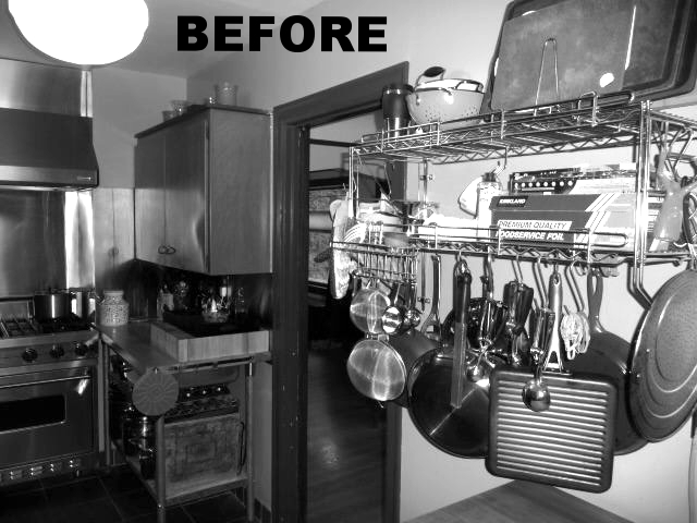 13011 Kitchen greyscale.jpg