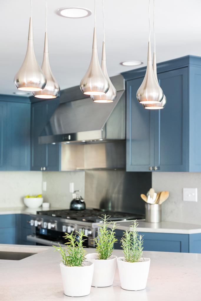 16042 Kitchen Lights1.jpg