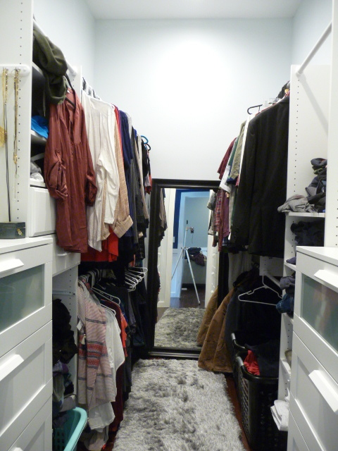 15116 +Wali-In Closet.JPG