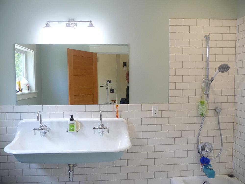 15110+ Bath Upper.JPG