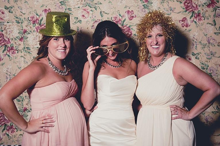 Omaha_Nebraska_Wedding_Photographer-416_06.jpg