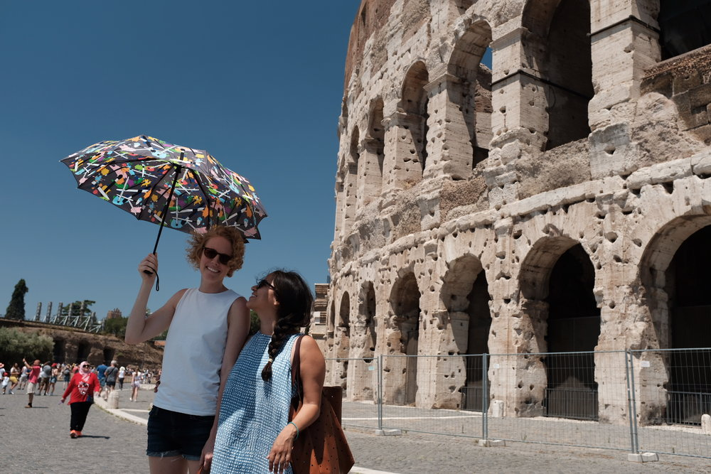 Rome_ColosseumUmbrella.JPG