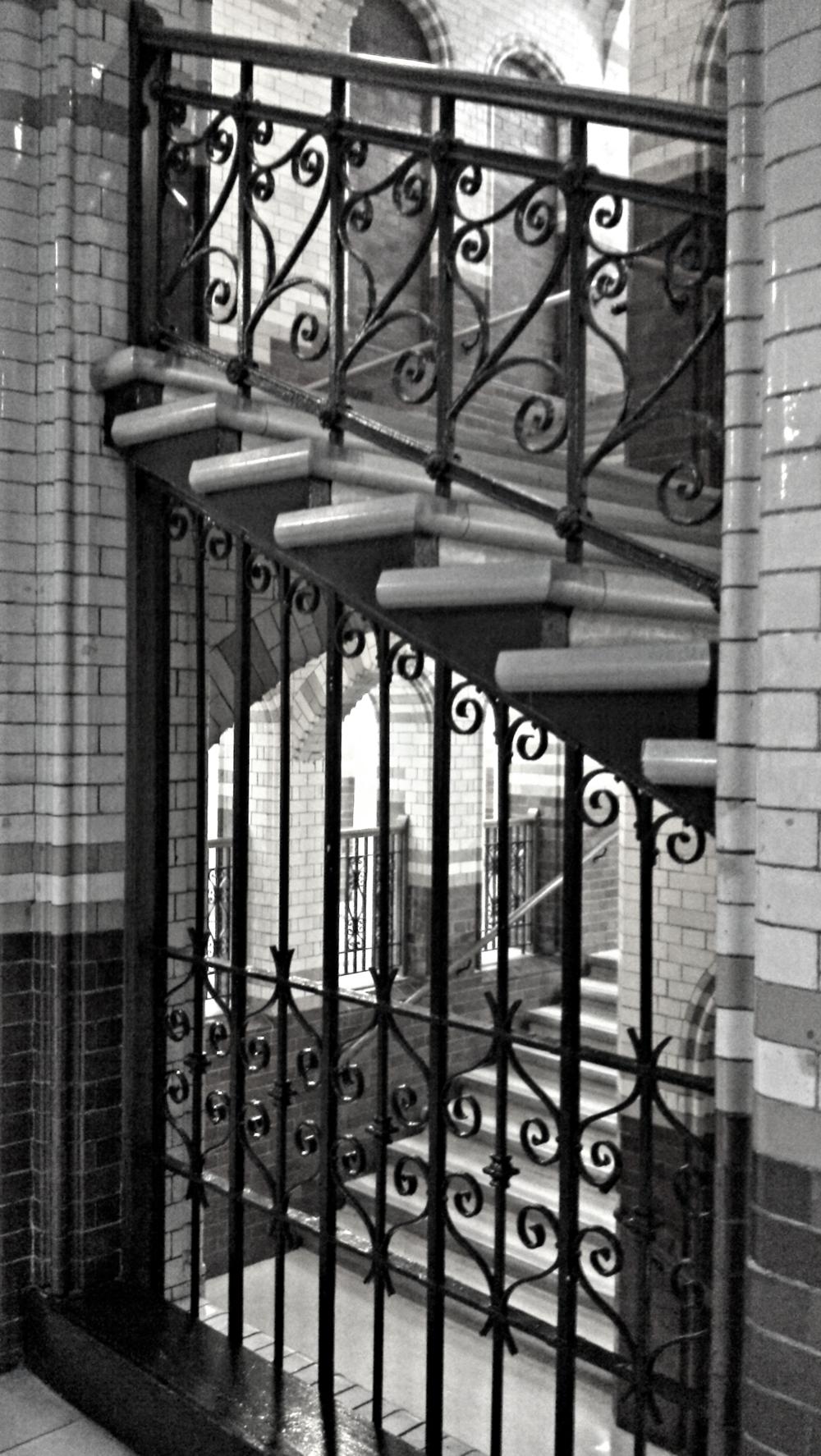 Cruciform stairwell