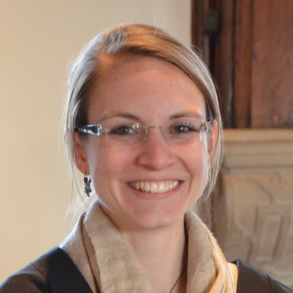 Dr Carolin Haas