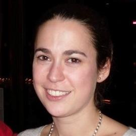 Dr Eliza Gil