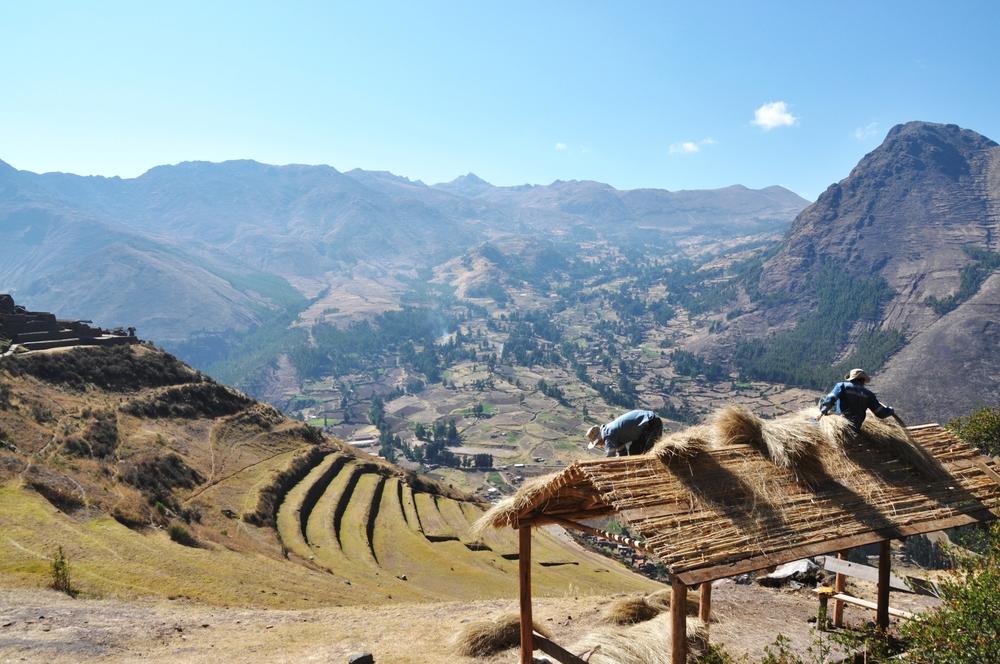 walking through the ruins of inca pisac