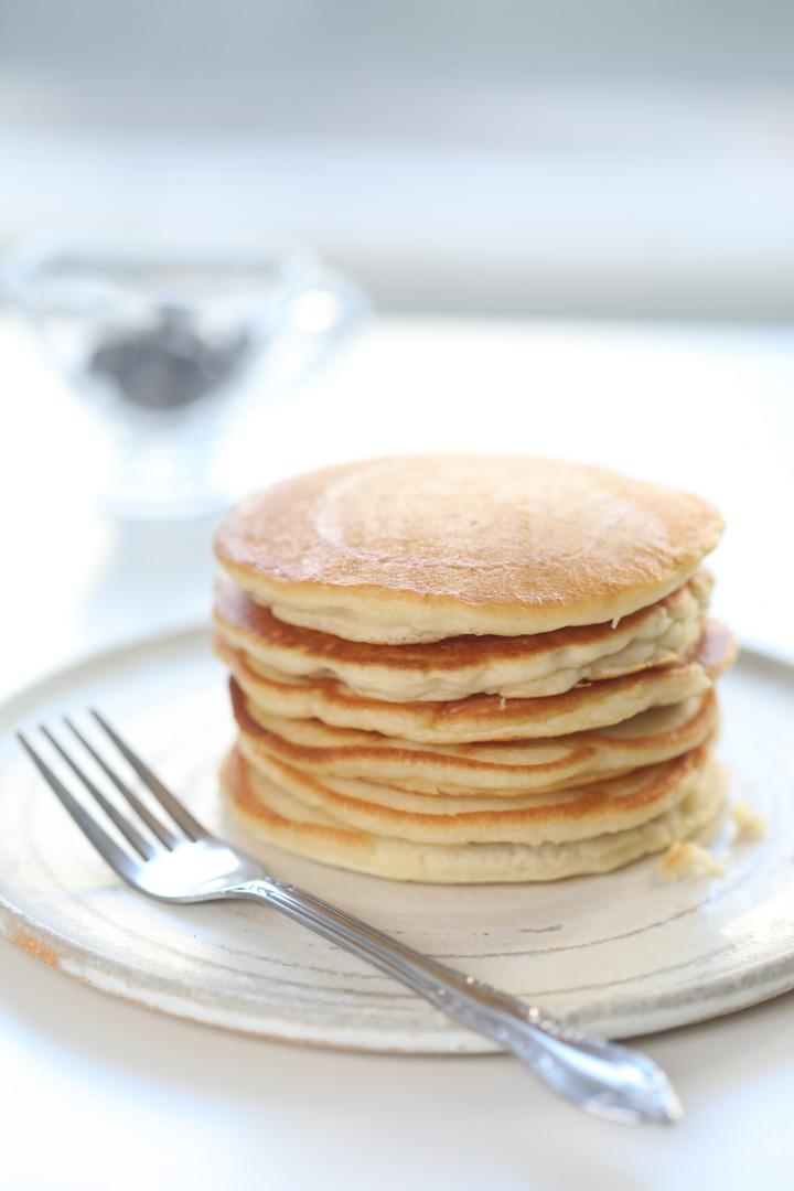 Maha-Munaf-Chocolate-banana-pancakes (3).jpg