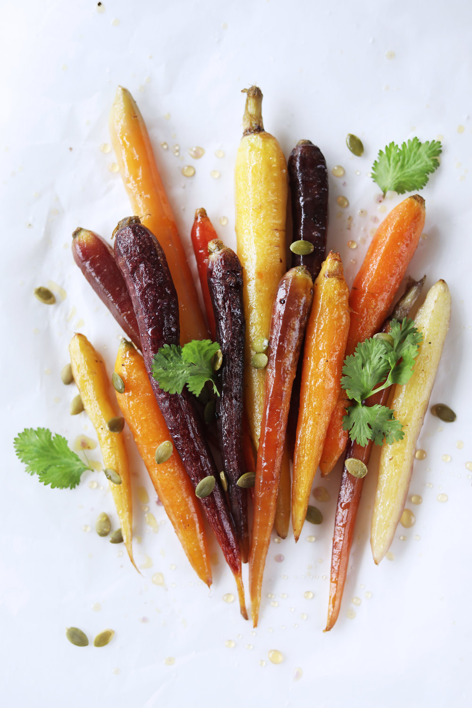 1T2A5504-heirloom-carrots.jpg