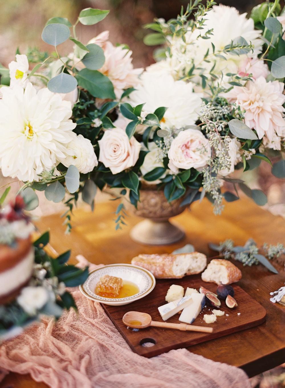 modfete-chris-isham-woodland-bridal-editorial_0021.jpg