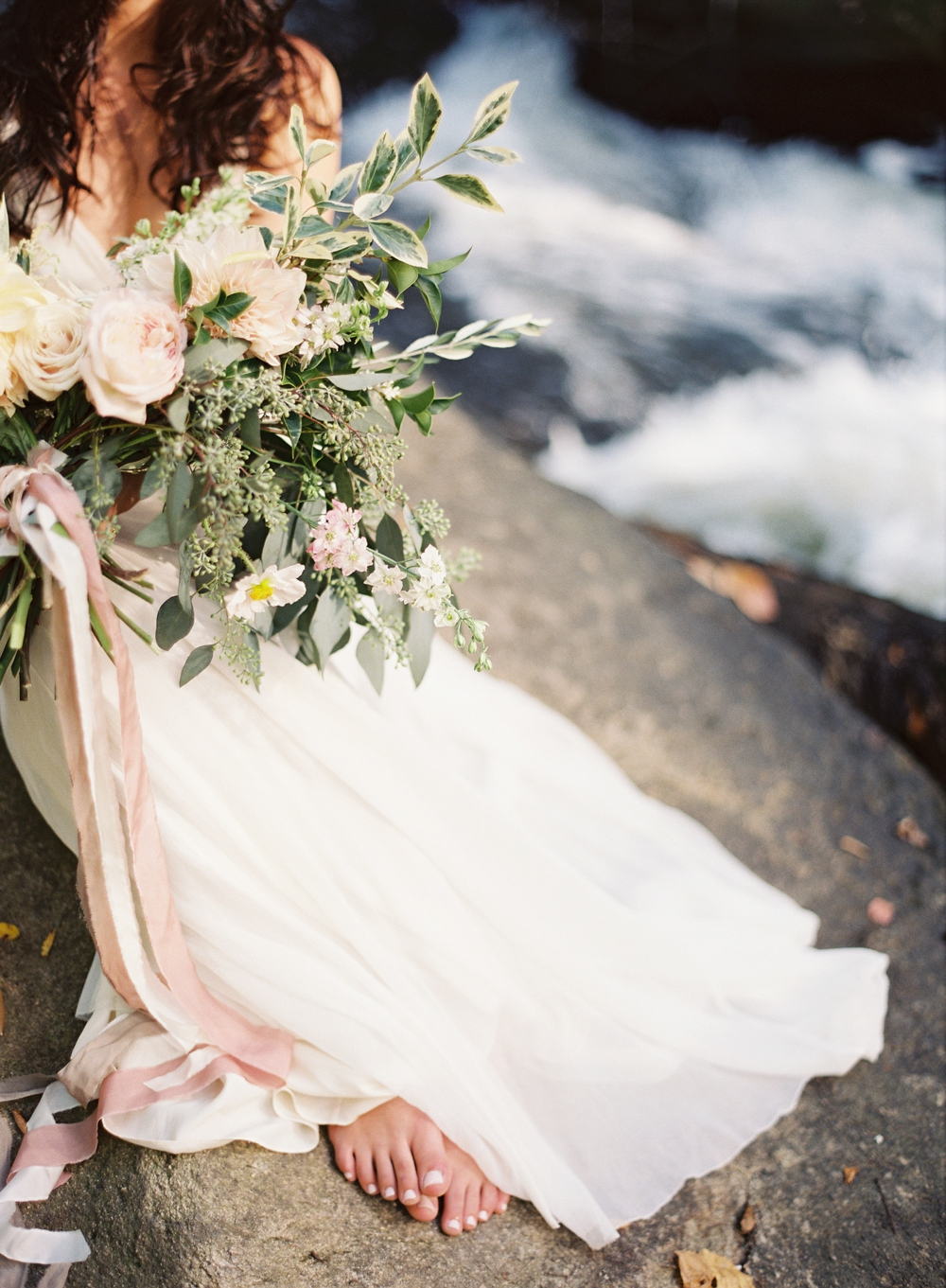 modfete-chris-isham-woodland-bridal-editorial_0016.jpg