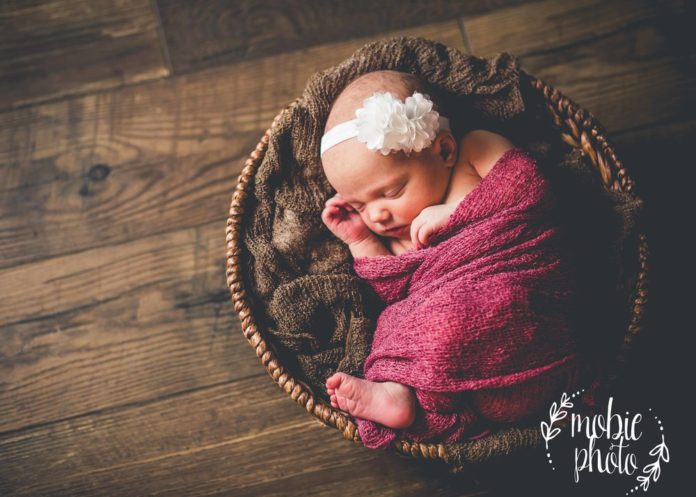 Mobie Photo - In-home Newborn Photography - Lehi, Utah