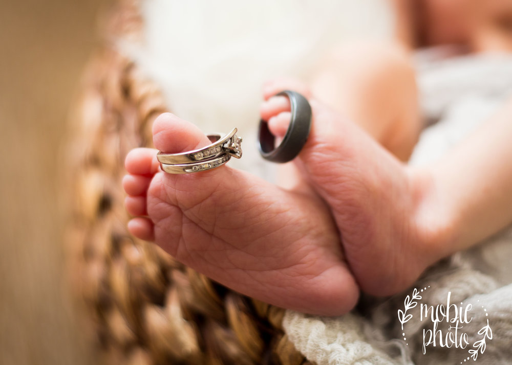 Mobie Photo - Lehi, Utah Newborn Photographer