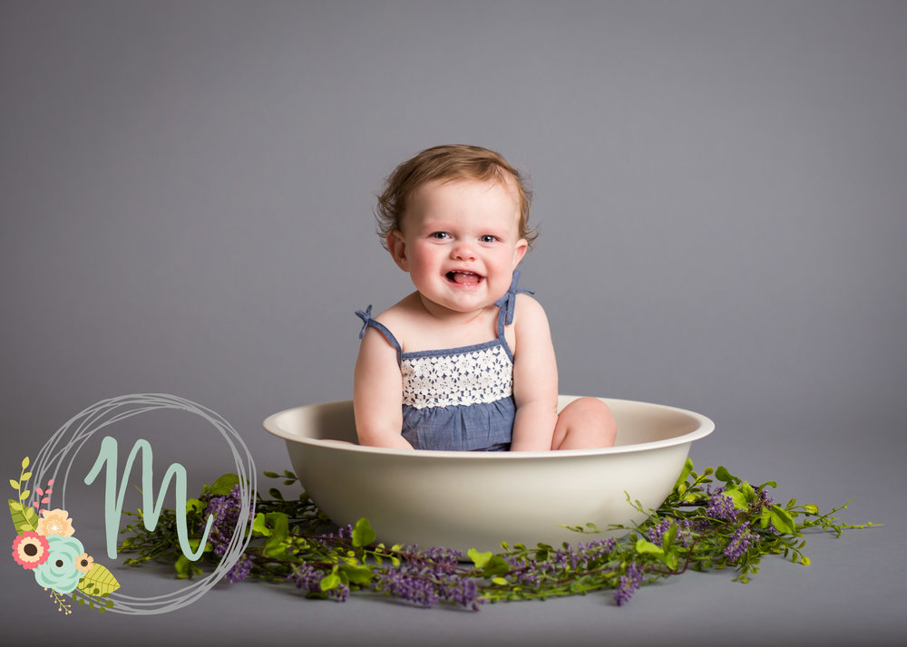 Mobie Photo - Utah Newborn Photography - First birthday pictures.