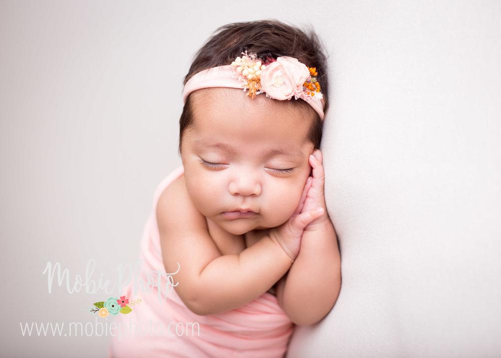 Utah Newborn Photographer - Mobie Photo - Lehi, Utah - Preemie Newborn Photos