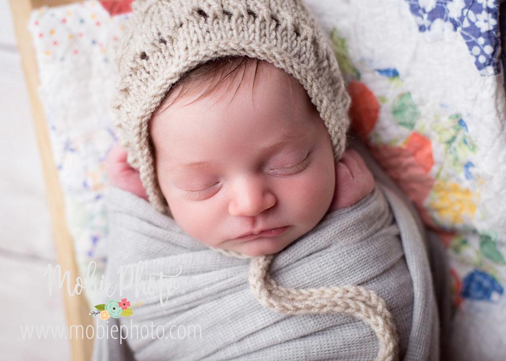 Mobie Photo - Utah Newborn Photographer
