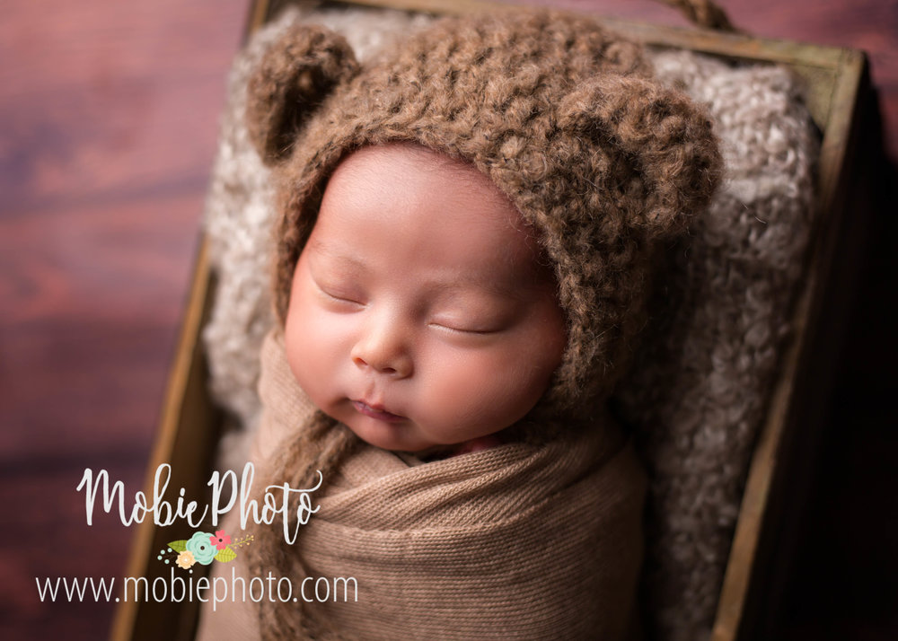 Lehi, Utah Newborn Photographer - Baby Boy Newborn Session with Neutral Colors