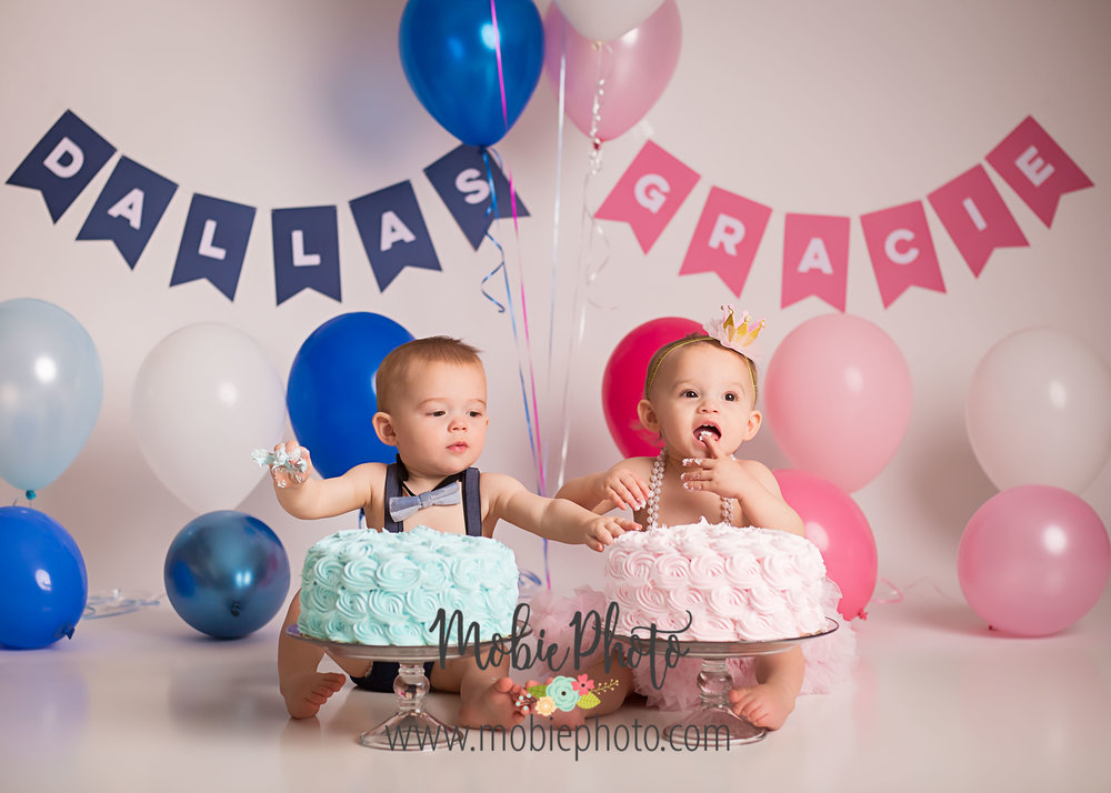 Twin Birthday Cake Smash Session - Mobie Photo