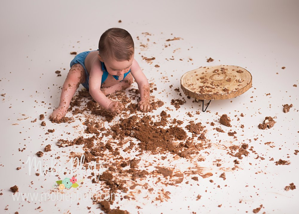First Birthday Cake Smash Pictures with a Naked Cake by Mobie Photo - Utah Newborn Photography