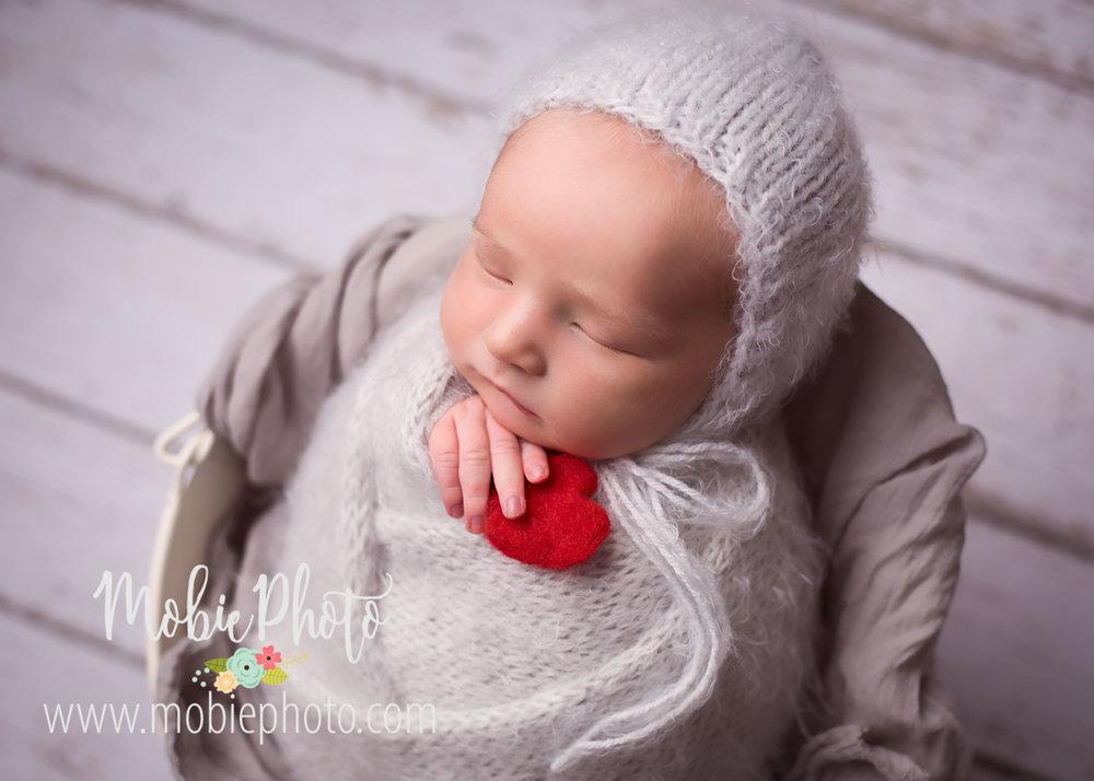 Mobie Photo - Utah Newborn Photographer - Newborn Mini Session