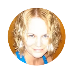 Heather Neff Senior Coach Certified personal trainer (NCSF and ACTION), diploma in Sports Nutrition and Fitness and published fitness and nutrition writer. Experienced in personal training, group fitness instruction, strength and cardio.