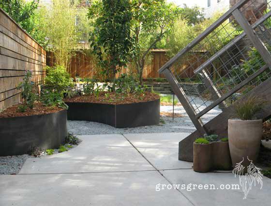Growsgreen+Metal+Veggie+Planters.jpg