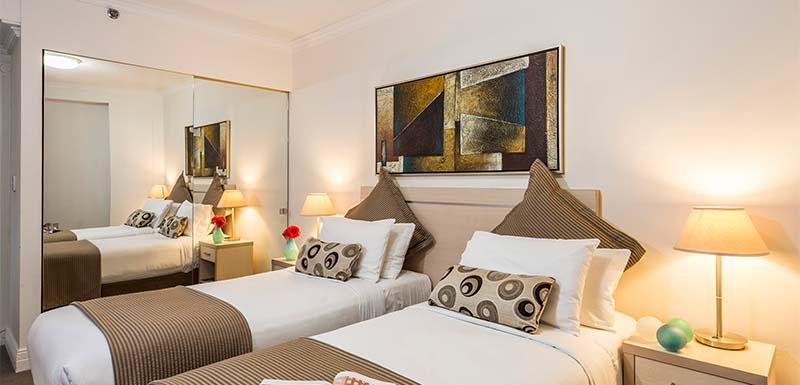 Sydney City Oaks on Castlereagh 3 Bedroom Apartment Balcony 8 (1).jpg