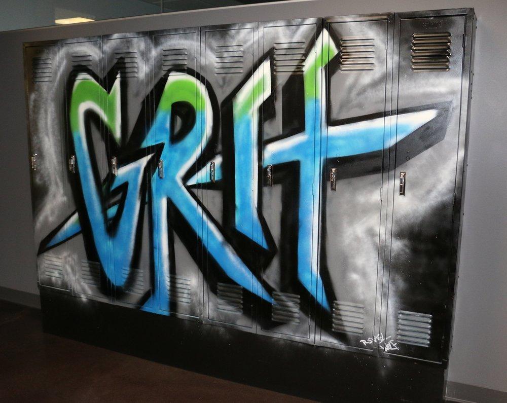 Koru - Grit Spraypaint.JPG