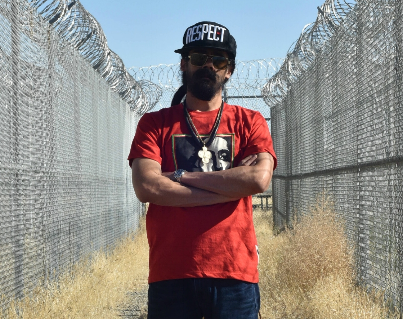 Photo: B+ Damian Marley on Sept. 26, 2016 at the former Claremont Custody Center in Coalinga, CA, which is being converted into a cannabis grow facility.