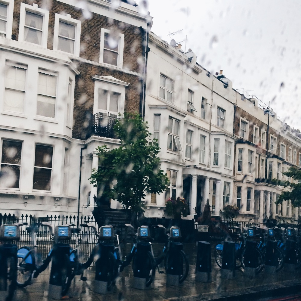 Rainy London, my favorite kind of day (This city knows me well).