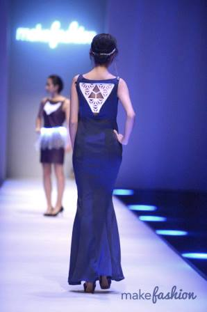 Shooting Star Gown (back)   Xiamen Fashion Week 2015, China