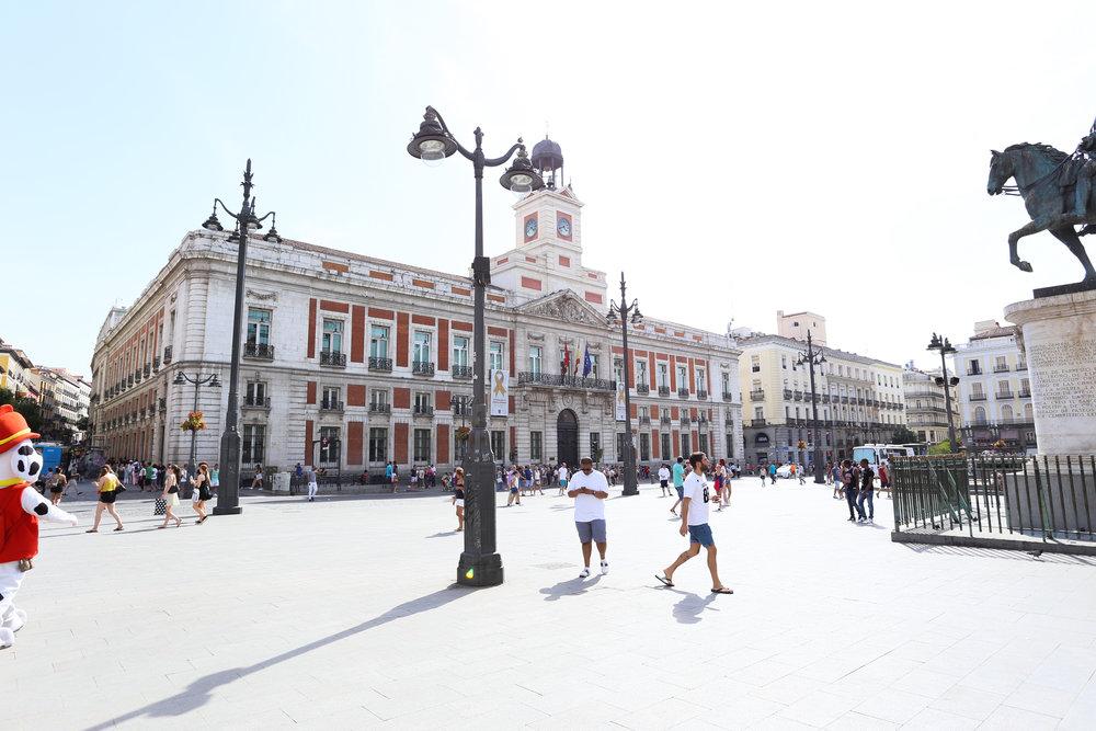 Puerta del Sol - Plaza de la Puerta del Sol, s/n, 28013 Madrid, Spain