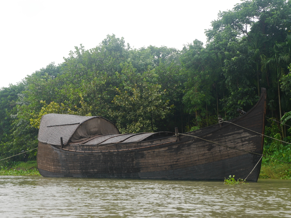 Another one of the traditional Bengali boats owned by the company. I think this one is used for more elaborate cruises (you can do dinner and even overnight cruises).