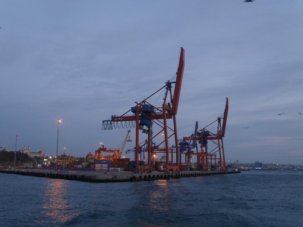 Cool dock machinery.