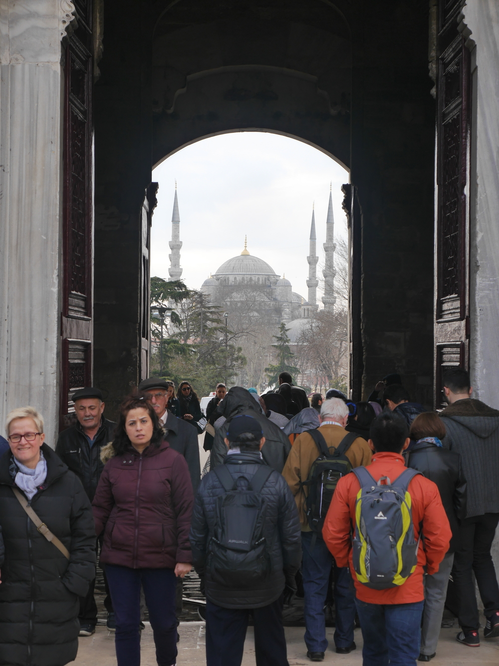 Exiting the palace grounds and heading towards the Blue Mosque.