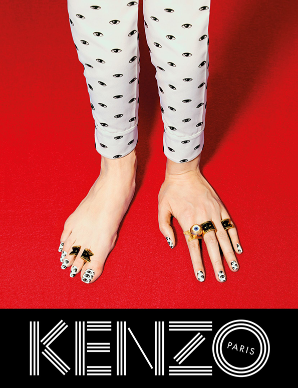 KENZO_FW13_Campaign_-_hand_feet.png