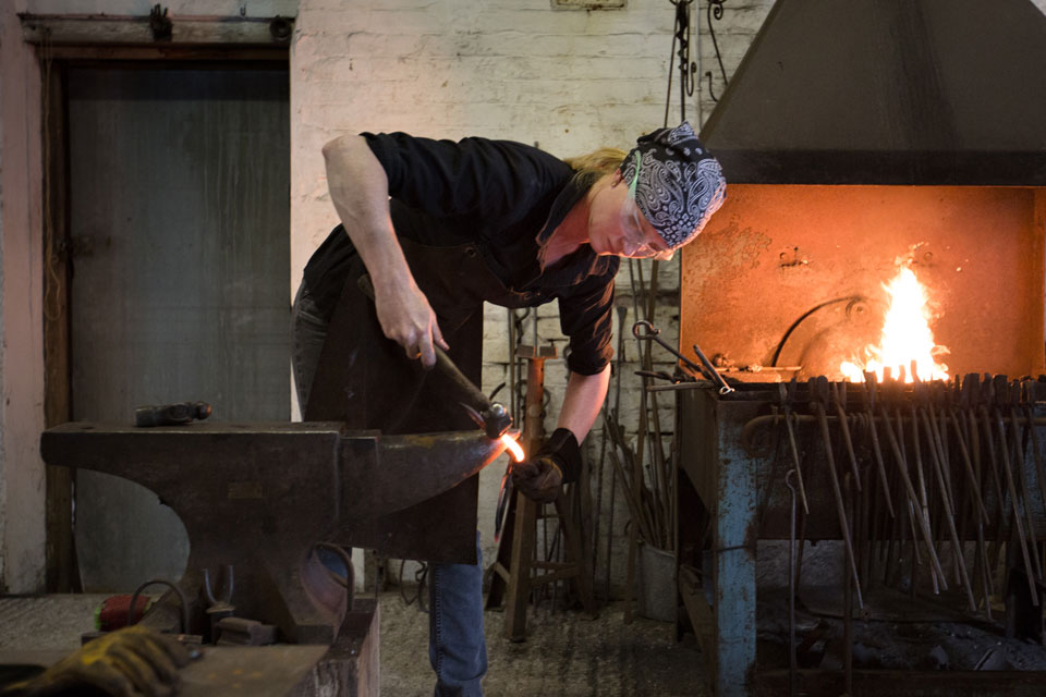 blog_blacksmith-2.jpg