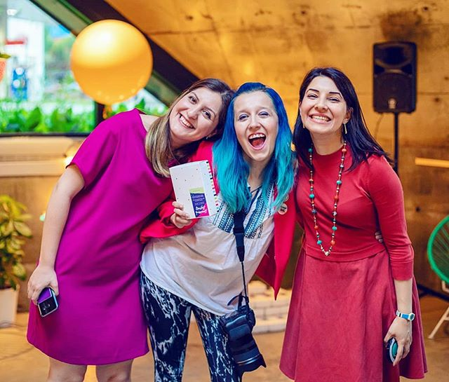 It's Friday y'all!!!!!!!! 😀😀😆 Finally 😅 it's been a busy week. #Throwback to a really fun and colourful event i got to photograph last summer: the launch of the Homemade Happiness Habit Box by @colorful.zone. It's so great to work with people you love. And this week it's been awesome to work with @nogolmadani and @gleefactor again. #LoveMyJob . . . . . . .  #montreallife #montreallife events #montreallife event #montreallife eventphotographer  #montreallife  #mtl #514 #montreallife photographer #montreallife photo #mtlphotographer #mtlphotography #igersmontreal #igersmtl #dowhatyoulove #photographerlife #lovemyjob #montreallife moments #mtlmoments #livemontreal #picoftheday #montreallife ity #montreallife #montreal_gallery #montrealfun #fridayfunday #mtlevents