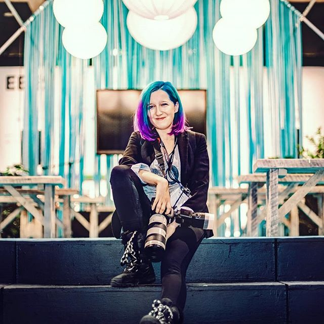 #Throwback to @expoentrepreneurs last month. I've had such a great experience photographing the event and working with the awesome team organizing it. 😊😊😊 I haven't been posting lately...I've been in my photo bubble, and focusing on my projects. Yeah, a lot has happened (including my new hair colours 😋). But I'm getting back online, so you'll be seeing more of my photos. 😊