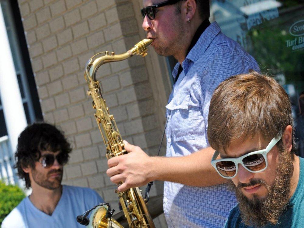 Jecco Trio.JPG