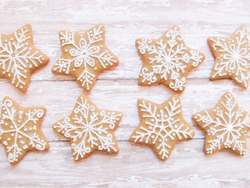 Gingerbread Snowflake Cookies B Sweet