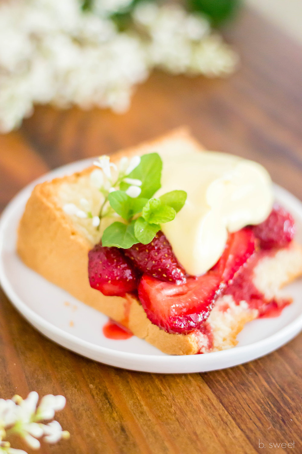 Lemon Pound Cake with Raosted Strawberries-2.jpg