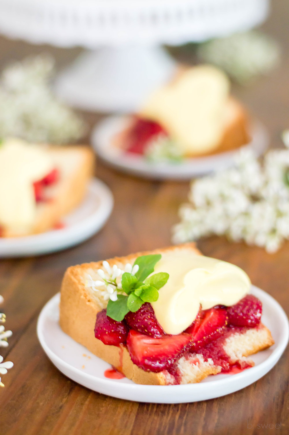 Lemon Pound Cake with Raosted Strawberries-6.jpg