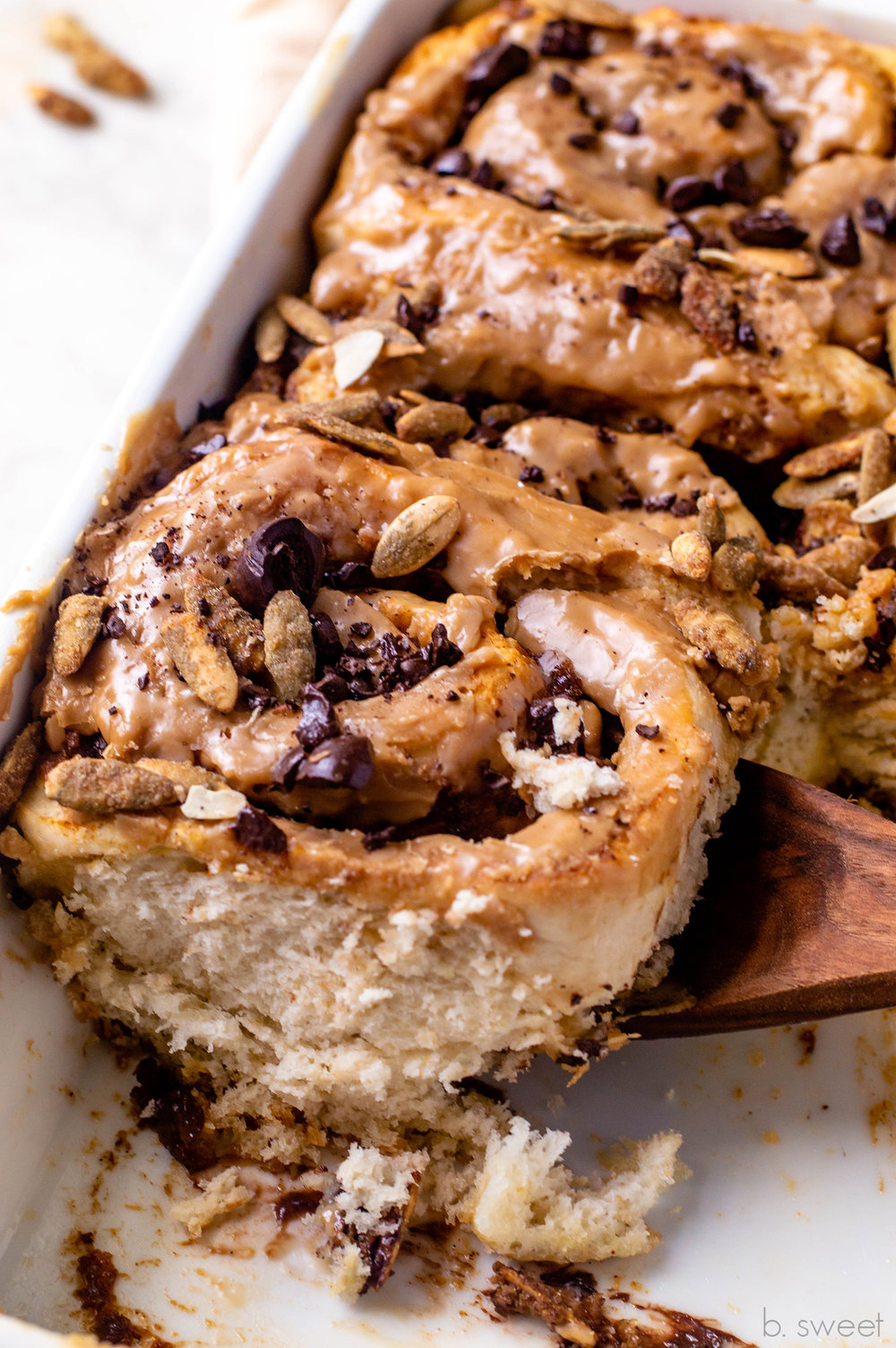 Pumpkin Spice Latte Cinnamon Rolls - b. sweet