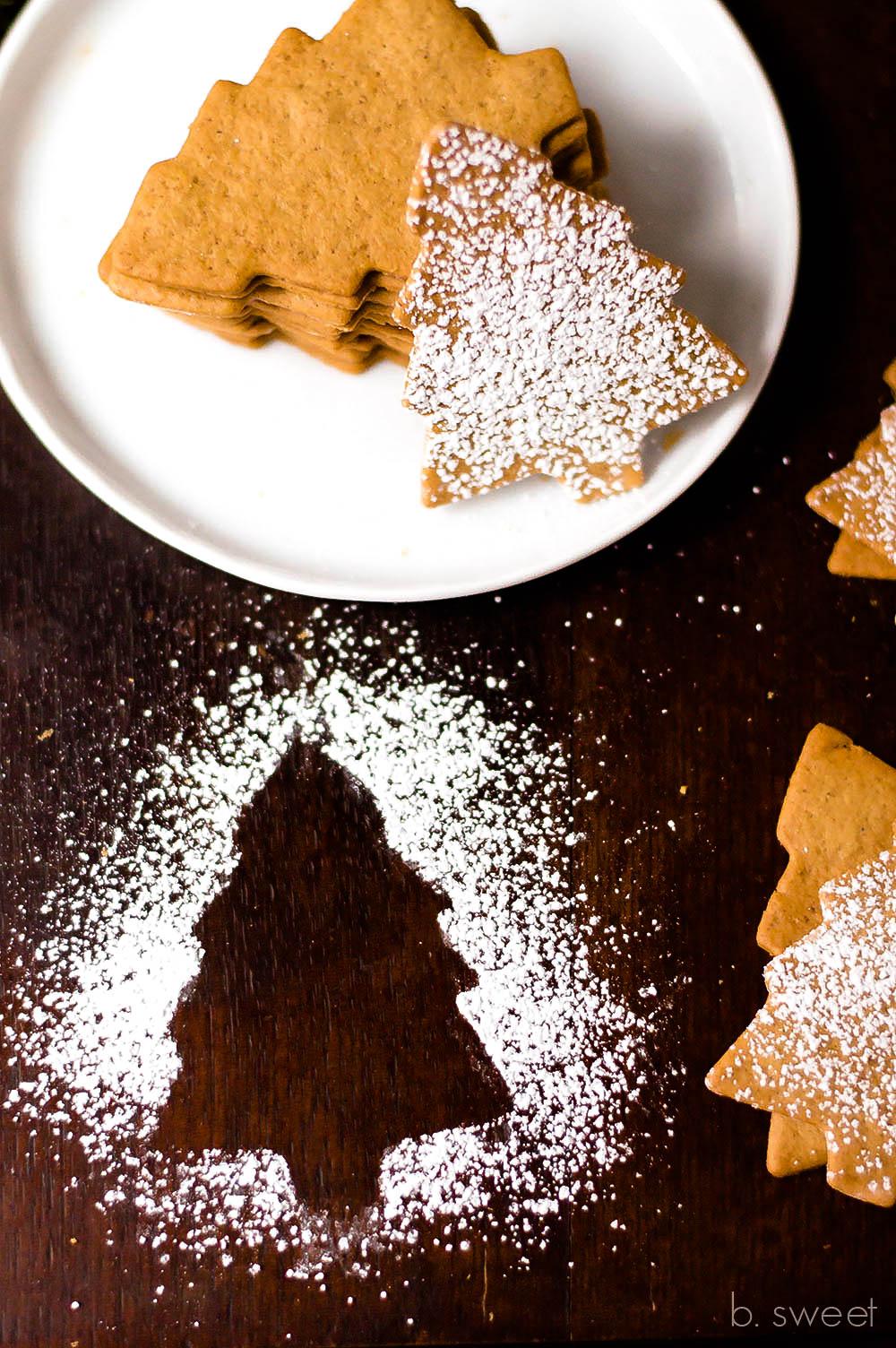 MorMoravian Spice Cookies - b. sweet