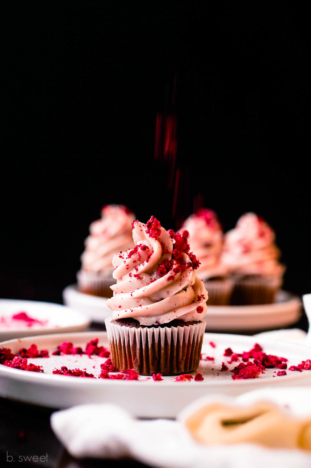Raspberry Gingerbread Mini Cupcakes - b. sweet