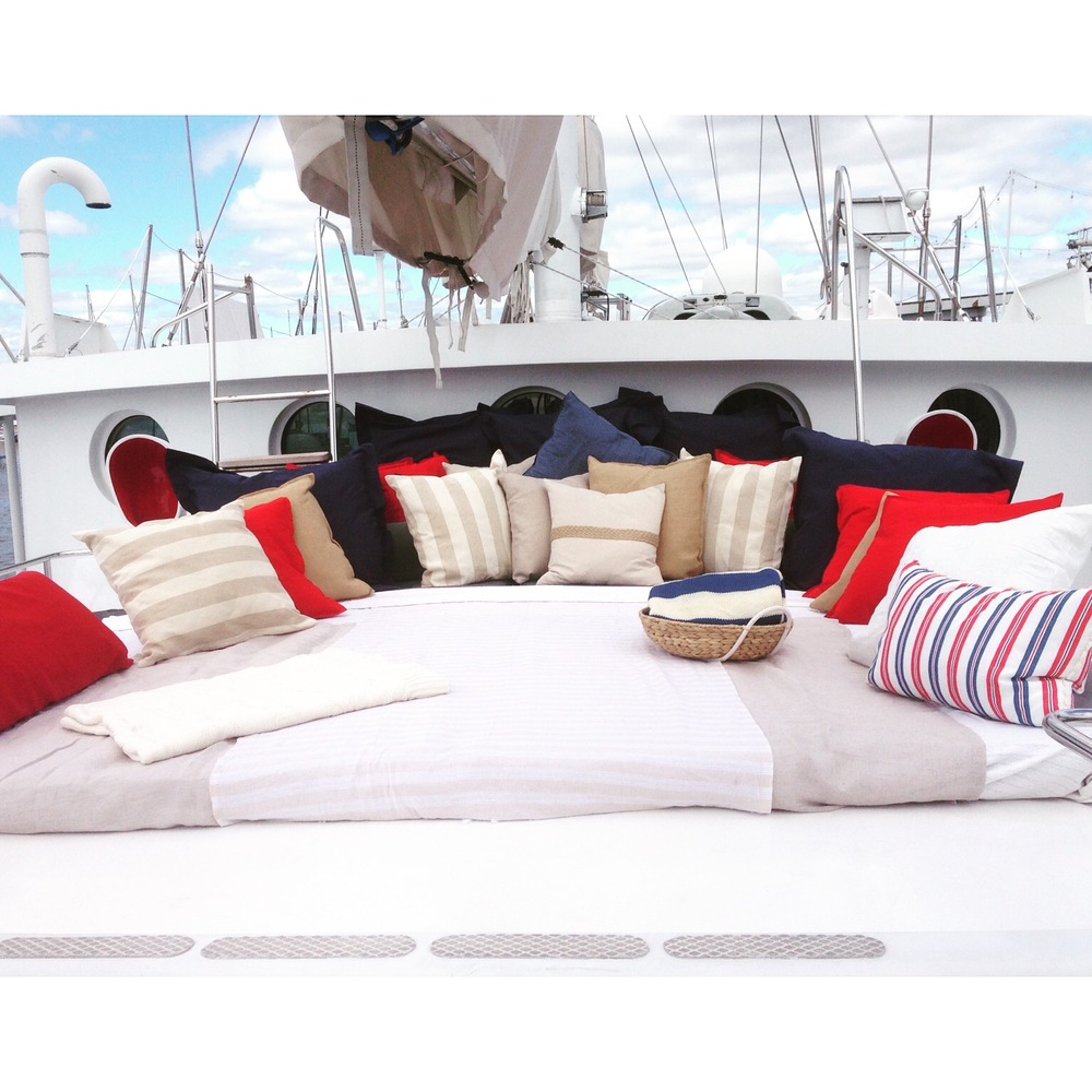 Arabella Yacht Bed / Styling