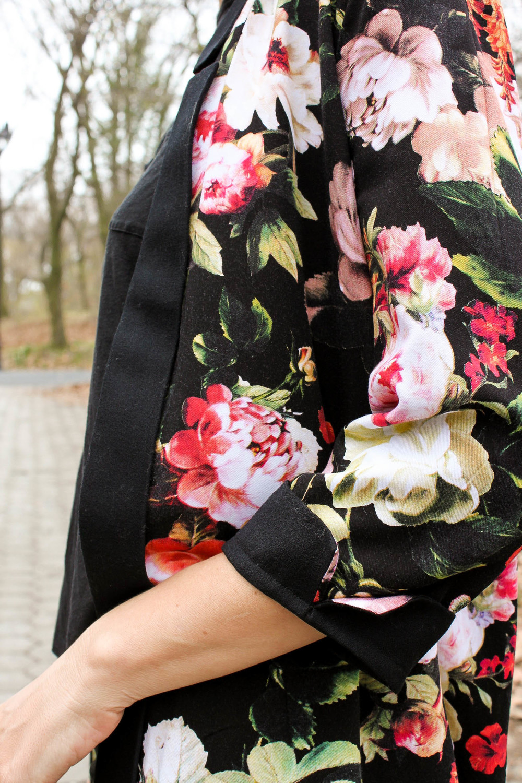Floral victoria 3