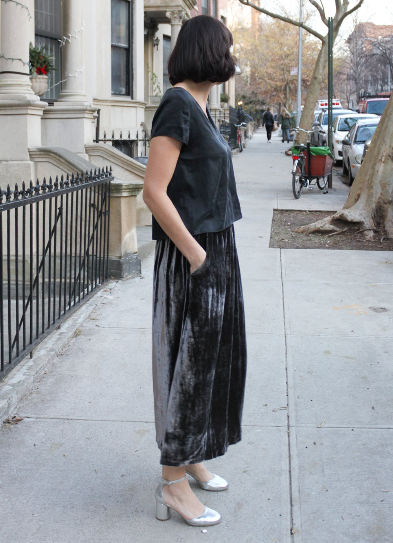 Velvet skirt 2