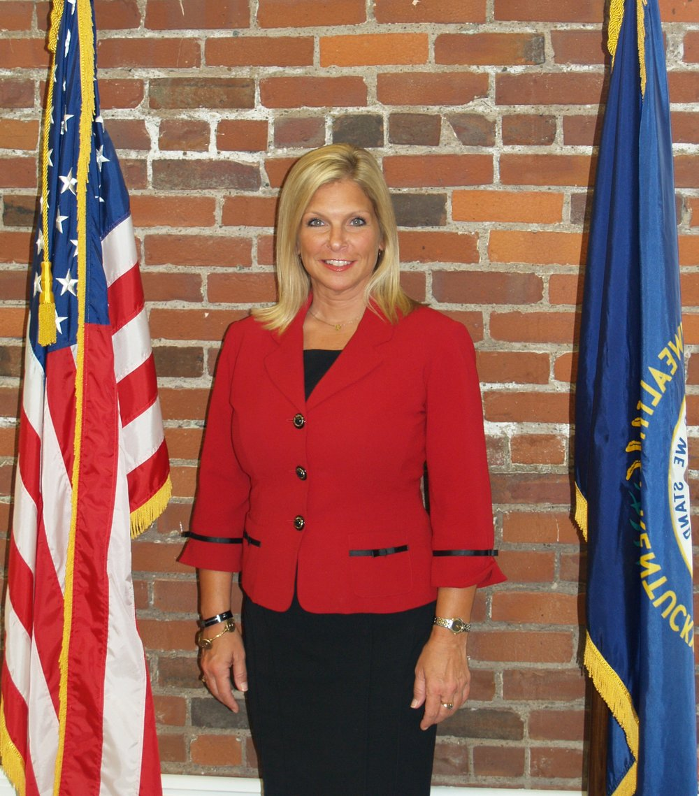 Hon. Lynn Pryor