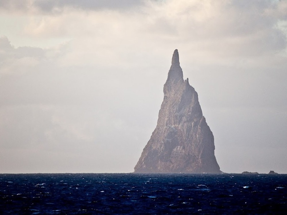 Balls Pyramid, Tasman Sea, Australia